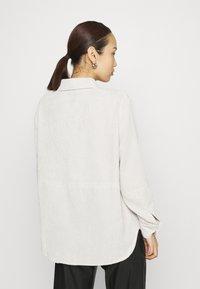 Gina Tricot - CORY - Skjorte - whitecap gray - 2