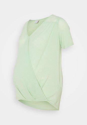 MLSMILLA TESS  - T-shirts - cameo green