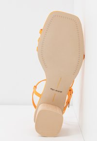 Dolce Vita - ZYDA - T-bar sandals - tangerine - 6