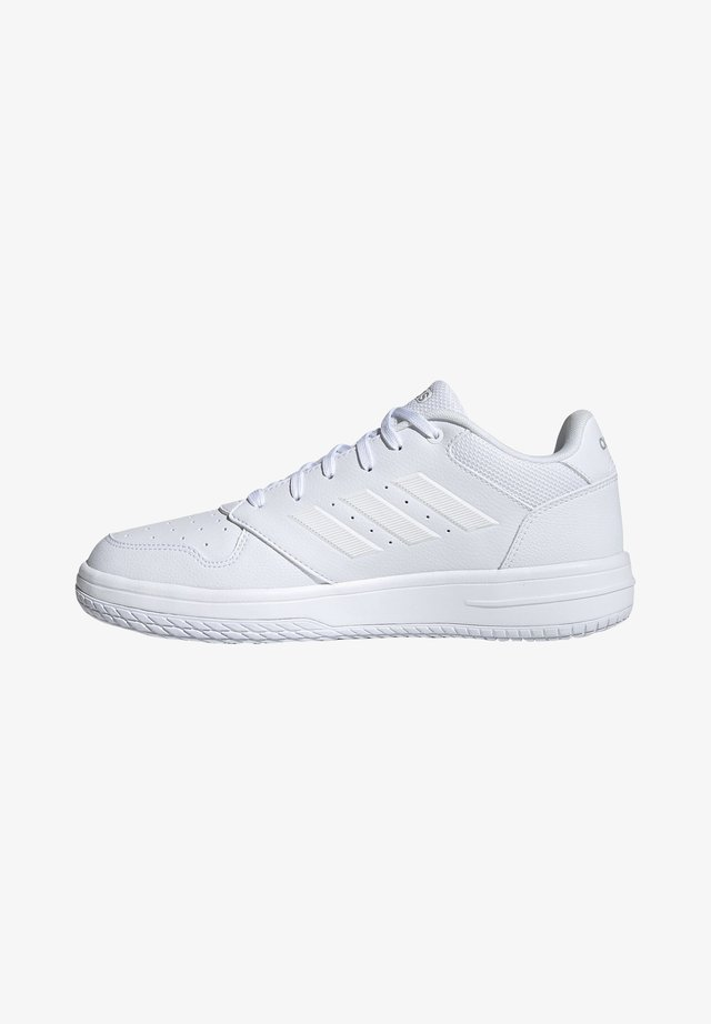 GAMETAKER SHOES - Basketball shoes - white