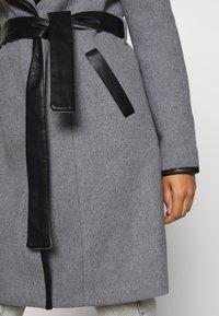 Vero Moda - VMWATERFALL CLASS - Classic coat - light grey melange/black - 5