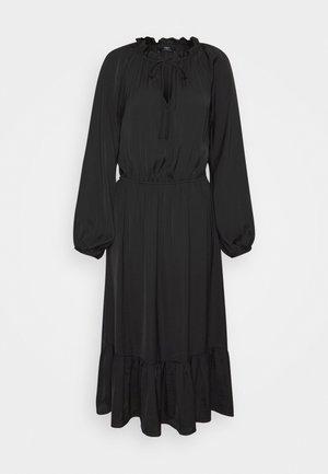 AMIA - Maxi dress - black