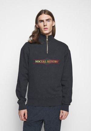 Sweater - faded black
