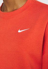 Nike Sportswear - CREW TREND - Sweatshirts - mantra orange/white - 5