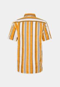 Only & Sons - ONSKETAN LIFE SLUB STRIPE SHIRT - Shirt - narcissus - 1