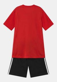 adidas Performance - SET - Sportovní kraťasy - vivid red/black/white - 1
