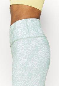 Cotton On Body - REVERSIBLE 7/8 - Leggings - mint chip - 5