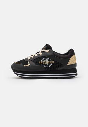 RUNNING GLITTER - Sneakersy niskie - black