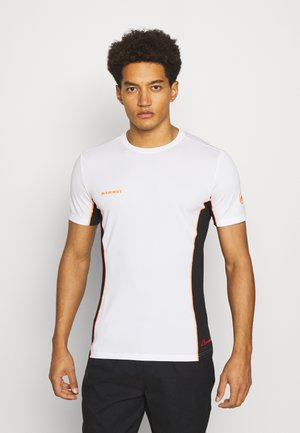 SERTIG MEN - Print T-shirt - white/black/vibrant orange
