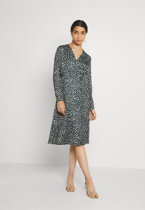 BELTED WRAP MIDI DRESS - Cocktail dress / Party dress - multi-coloured