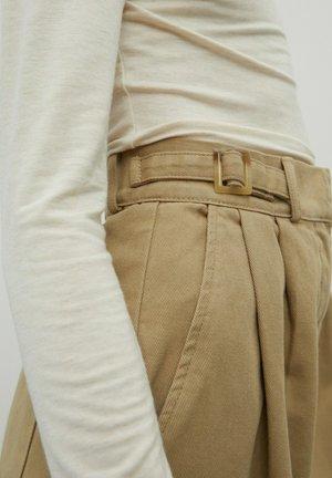 BUNDFALTEN CHIARA - Trousers - beige