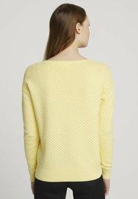 TOM TAILOR DENIM - MIT WAFFELSTRU - Neule - soft yellow - 2