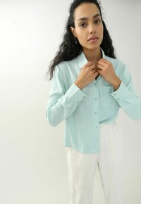 Pimkie - Button-down blouse - himmelblau - 3