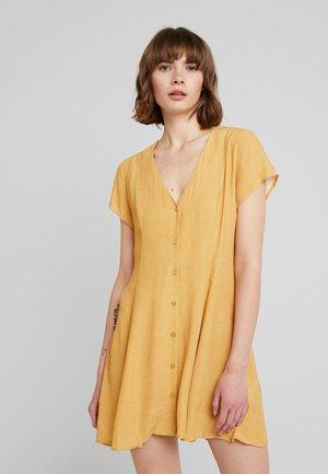 MILLA DRESS SPOT - Skjortekjole - gold