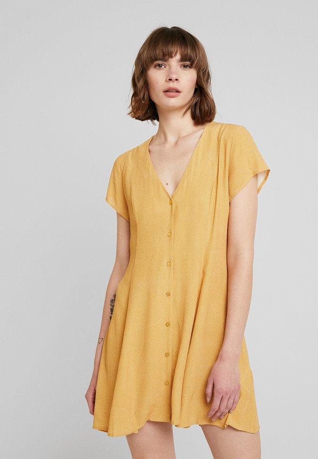 MILLA DRESS SPOT - Shirt dress - gold