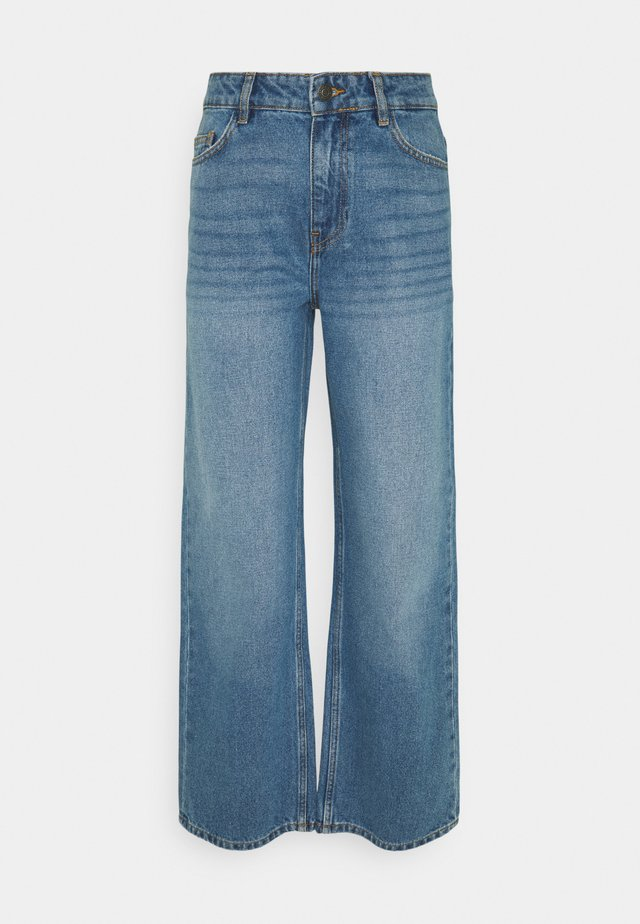 NMAMANDA ANKLE - Jeans a sigaretta - medium blue denim