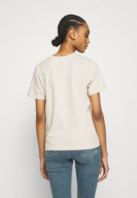 Even&Odd - HATTIE WITH MUCHA AND KLIMT - Camiseta estampada - off white - 2