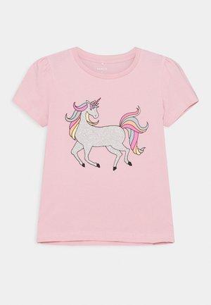 NKFBEINA - Print T-shirt - pink nectar