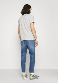Edwin - UNIVERSE PANT CROPPED - Relaxed fit jeans - blue denim - 2