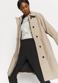 Didriksons - EMBLA COAT - Hardshell jacket - beige - 3