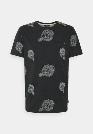 JPRARTI POCKET TEE - T-shirt med print - tap shoe