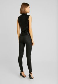 Gina Tricot - EXCLUSIVE HOLLY GLITTER - Blouse - black - 2