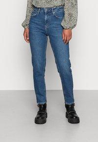YAS - ZEO GIRLFRIEND - Slim fit jeans - light blue - 0