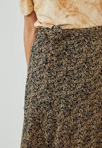 Aaiko - FRAIDA - A-line skirt - black dessin - 3