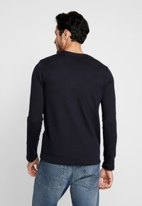 TOM TAILOR DENIM - STRUCTURED FABRIC - Long sleeved top - sky captain blue - 2