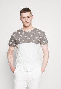 INDICODE JEANS - CHARLTON - Print T-shirt - dark grey - 0