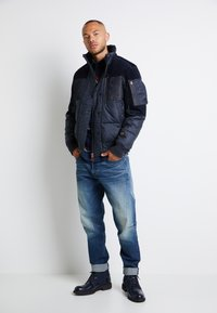 G-Star - SCUTAR 3D SLIM TAPERED - Jeans Tapered Fit - elto pure stretch denim- antic faded baum blue - 2