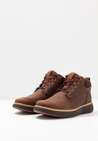 Timberland - CROSS MARK GTX CHUKKA - Lace-up ankle boots - medium brown - 2