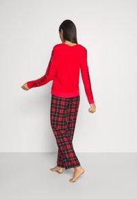 DKNY Intimates - SLEEP PANT - Nattøj bukser - ruby - 0