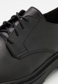 Zign - LEATHER UNISEX - Lace-ups - black - 5