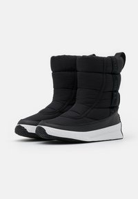 Sorel - OUT ABOUT PUFFY MID MATTE RIPS - Winter boots - black - 2