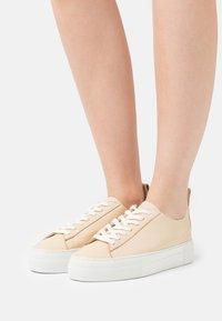 Who What Wear - DARIA - Tenisky - french vanilla - 0