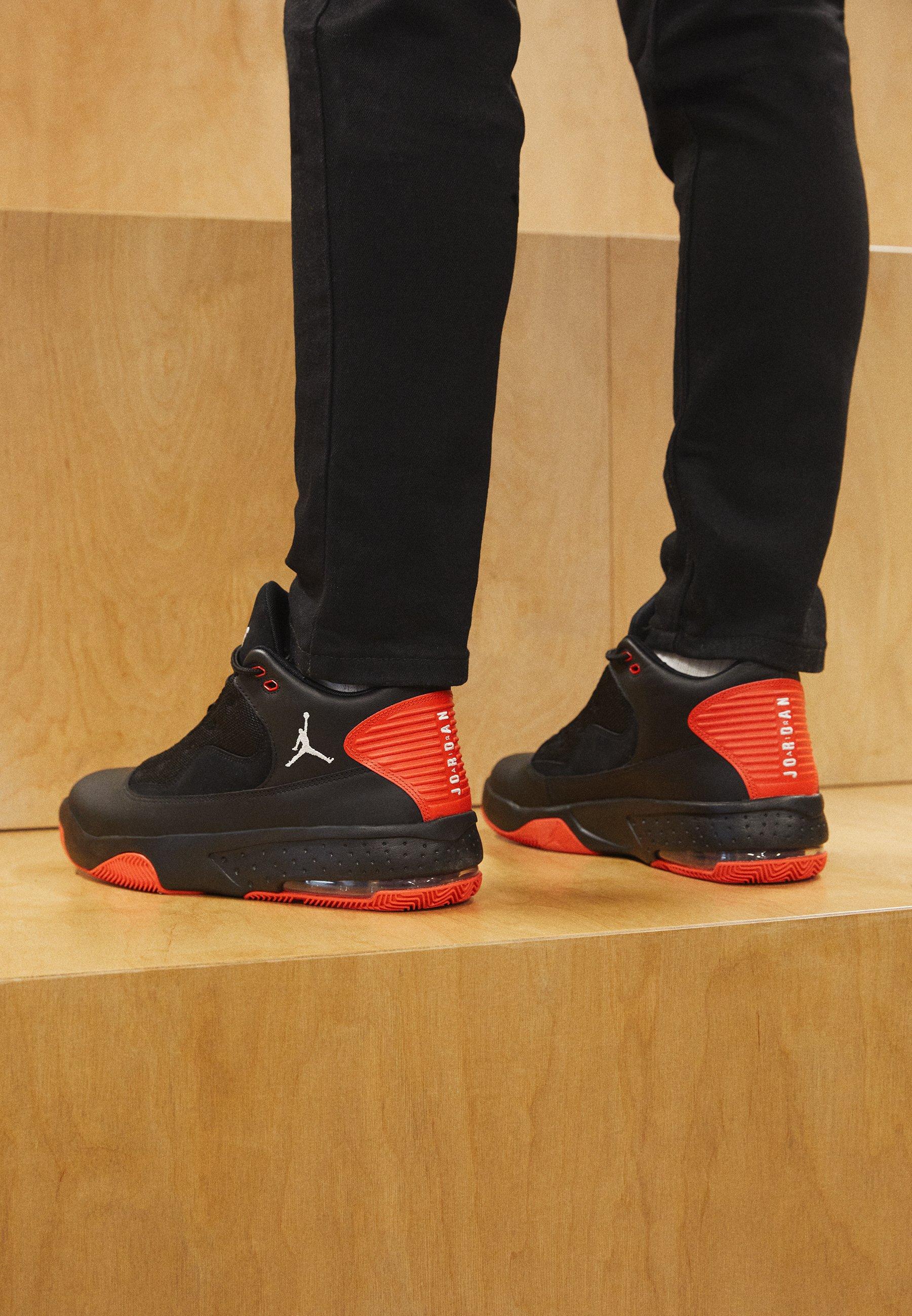 JORDAN MAX AURA - Baskets montantes - black/white/chile red