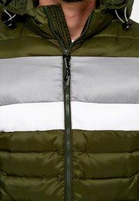 INDICODE JEANS - Winter jacket - cypress - 3