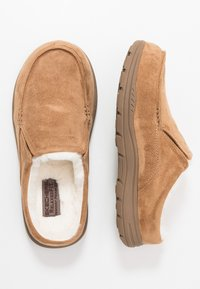 Skechers - EXPECTED X-VERSON - Slippers - tan - 1