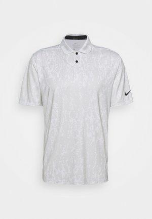M NK DF VPR GRFX  - Sports shirt - photon dust