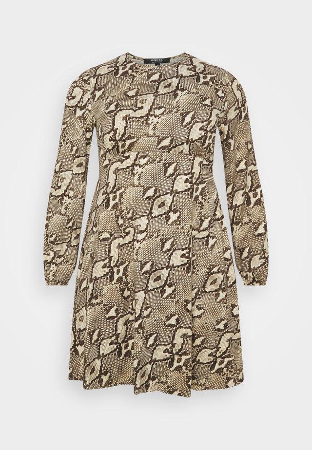 ALINE TEA DRESS - Jerseyjurk - taupe