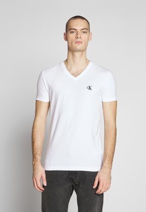 ESSENTIAL V NECK TEE - Jednoduché triko - bright white