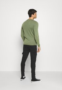 Only & Sons - ONSGARSON LIFE WASH CREW - Jumper - scarab - 2