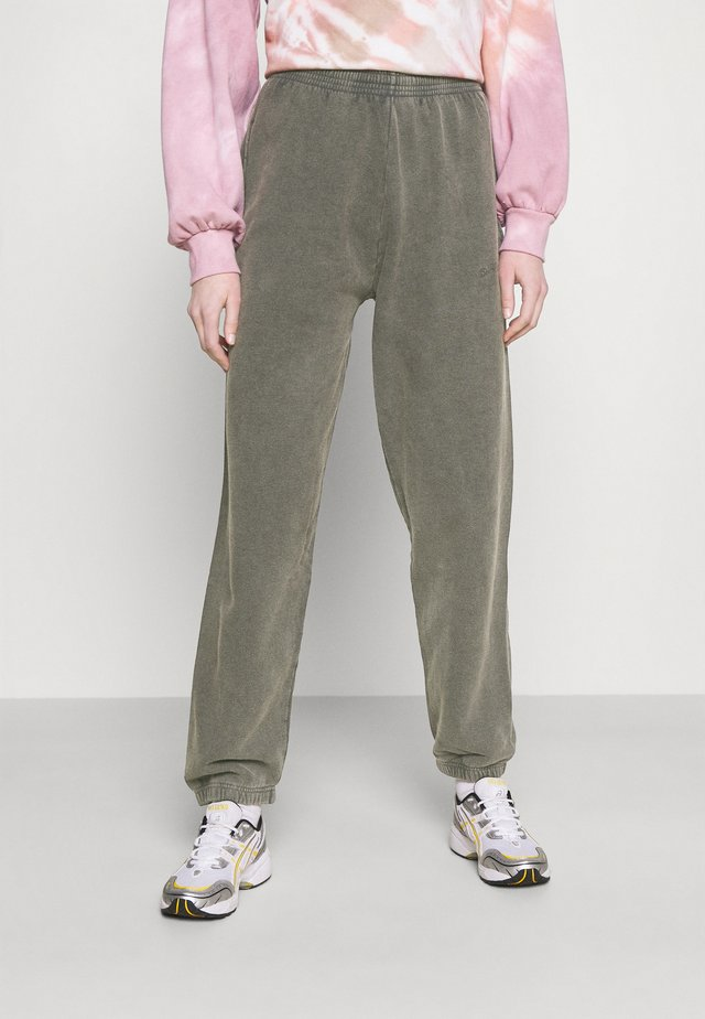 OVERDYED JOGGER - Trainingsbroek - charcoal