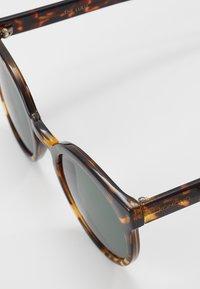 Komono - LULU - Sluneční brýle - dark brown/brown - 2