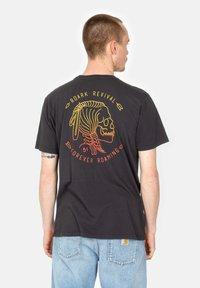 Roark - HOBO - Print T-shirt - black - 2