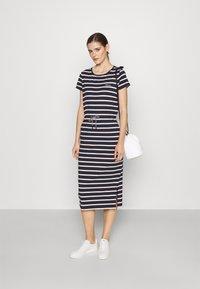 Barbour - BARBOUR BAYSIDE DRESS - Sukienka z dżerseju - navy - 1