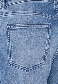 edc by Esprit - BOYFRIEND - Jeans relaxed fit - blue denim - 4