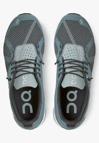 On Running - CLOUD TIDE MAGNET - Stabilty running shoes - tide magnet - 3