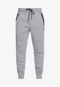 medium heather gray